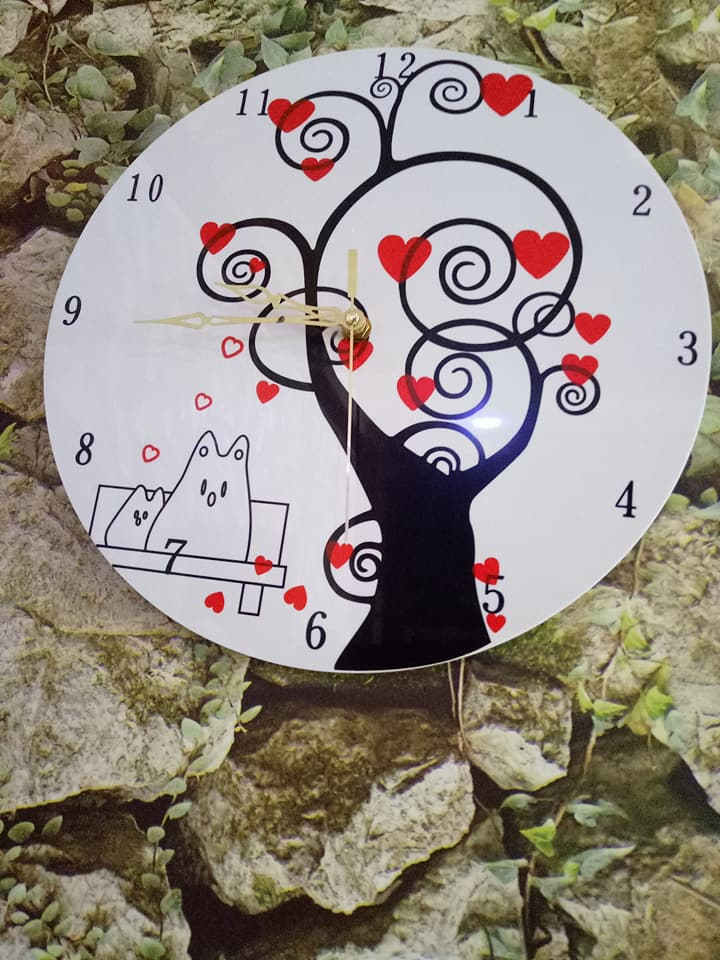 Quality acrylic clocks for sale